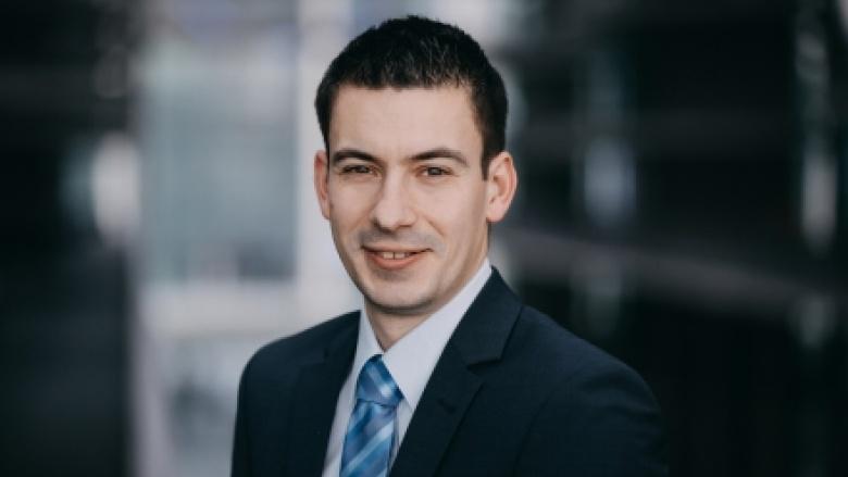 Dr. Philipp Studinger