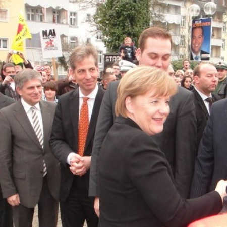 Wahlkampf 2011: Kanzlerin Angela Merkel unterstützte meine Erstkandidatur